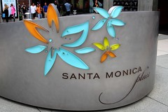 Santa Monica Place_5370 (Stephen Wilcox - Jetwashphotos.com) Tags: california sign flickr santamonica santamonicaplace