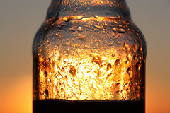 Not gold... (Herebuse) Tags: sunset canon gold bottle or tamron coucherdesoleil bouteille vinaigrette canon450d tamron18270mm