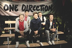 Alive (Aisyah Hifni) Tags: boy madame japan canon happy 50mm one tokyo louis march bright band harry direction liam styles odaiba decks malik payne tussauds niall horan tomlinson zayn