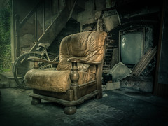 It is so good to be home... (NARIBIS) Tags: old urban castle abandoned canon buildings europe decay creepy spooky abandon forgotten urbanexploration infiltration canon350d exploration château hdr decayed abandonned urbex abandonné friches lostplaces friche creepypictures naribis