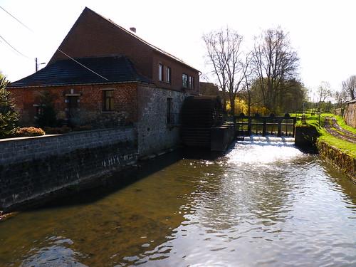 Moulin sur la Dendre à Mévergnies-lez-Lens.