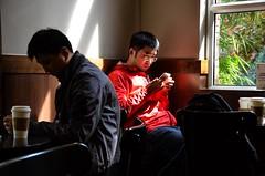 breaktime at Starbuck (VirgiVerde) Tags: chinese people cinesi persone china shanghai cina city città asia starbucks break light luce pausa coffe caffè