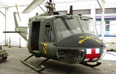 Bell UH-1F Huey - U.S. Army (Simon Iglesias) Tags: iroquois 204 uh1 uh1f side exhaust us army usa united states salo salon comic bcn barcelona ficomic spain españa ejercito guerra vietnam war vietcom