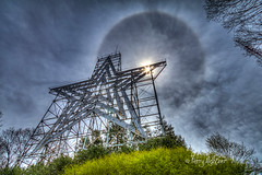 Spring Starburst Sun Halo Roanoke Star (Terry Aldhizer) Tags: starburst spring sun halo roanoke star mill mountain virginia clouds optic reflections bow april terry aldhizer wwwterryaldhizercom