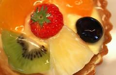 glazed mini fruit tart (HansHolt) Tags: fruit pastry tart mini fruitvlaaitje cream filling room vulling peach perzik mandarin mandarijn grape druif pineapple ananas kiwi gelatin gelatine clear helder glazed multicolour multicolor macro canon 6d 100mm canoneos6d canonef100mmf28macrousm macromondays glaze hmm