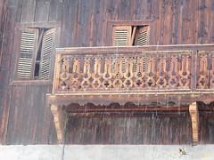 Balcons et fenêtres (La FoeZ') Tags: balcons balconsavoyard balcony march mars 2017 nikon coolpixl840 lafoëz