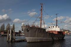 Pottwal (Vasquezz) Tags: schiff ship vessel hafen harbour hamburgharburg harburg hamburg