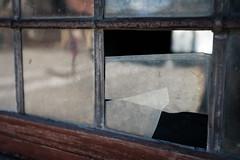 Broken window at the Bunge Museum (Demed) Tags: glass island gotland rust broken window sweden pane gotlandslän se