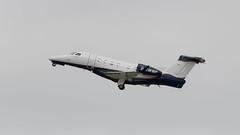 D-CWWP Embraer Phenom 300 (2) (Disktoaster) Tags: dus düsseldorf airport flugzeug aircraft palnespotting aviation plane spotting spotter airplane pentaxk1