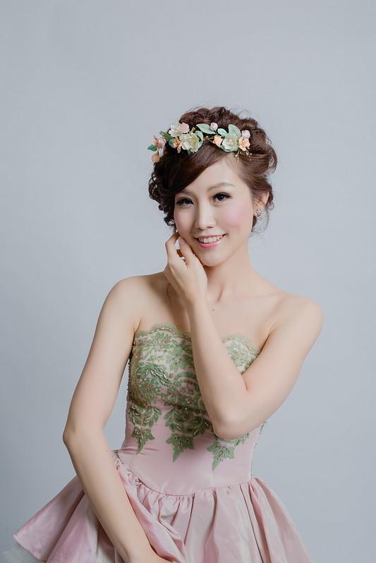 嘉義新秘,嘉義,新娘秘書,白紗造型,韓式盤髮風格