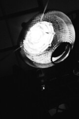 fruit bowl mesh experiment on Elinchrom Ranger Quadra RX Hybrid (Pim Geerts) Tags: approved mesh experiment elinchrom ranger quadra rx hybrid carl zeiss planar 1450 mm ze canon eos 5dm3 pim geerts selfie self portrait zwartwit blackandwhite bw monochrome bokeh fruit bowl raster grid gritty
