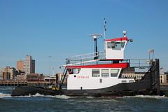 Arend (Maurits Freijsen) Tags: arend nieuwewaterweg hoekvanholland vkvservices duwboot pusher pushboat
