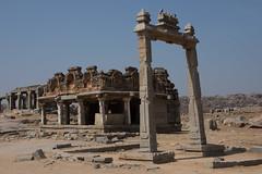 The King's Balance. (JohnMawer) Tags: hampi karnataka india nimbapura in vijayanagaraempire