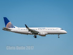 DSC03396 (montusurf) Tags: skywest dallas fort worth dfw airport landing embraer 175 e175 united express texas