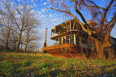 (farenough) Tags: abandoned louisiana la south rural rurex decay wander explore old forgotten memory history photo mississippi river boat paddle steamboat mamie s barrett