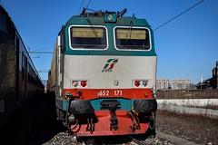 Imponente © (Foto di Camilla) Tags: 35mm nikon italia italy rail loco train treno stazione sestosangiovanni trenitalia locomotiva merci e652