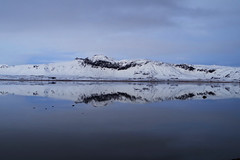 Landscape Two Times (Don César) Tags: iceland islandia lake lago see reflejo reflection mirror espejo snow hill loma montaña colina agua water dyrholaey