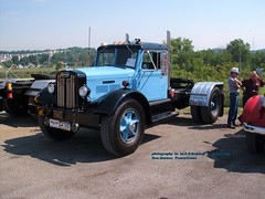 1948 Autocar, New Stanton, PA. 7-12-2008 (jackdk) Tags: truck truckshow autocar 1948 1948autocar semi semitruck antique antiquetruck antiquevehicle bigtruck oldtruck