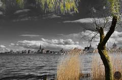 Rostock mit Wolken (victorlaszlo73) Tags: rostock warnow sonnig wolkig sunny cloudy mecklenburgvorpommern frühling spring