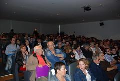 La sala se llenó de público. (almeriainformacion) Tags: cine documental la fosa borrada del sur memoria histórica almería museo de