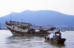 Junk, Macau harbour (Niall Corbet) Tags: china macau harbour port junk boat
