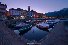 #013 Ascona all'alba (4000px sRGB) (Enrico Boggia | Photography) Tags: ascona alba enricoboggia verbano lagomaggiore aprile 2017 barche lungolago locarnese lago lake sopraceneri
