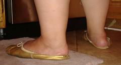 Gigi (2552) (Duke of Slippers) Tags: ballet slippers shoes flats pumps mules slides ballerinas fetish