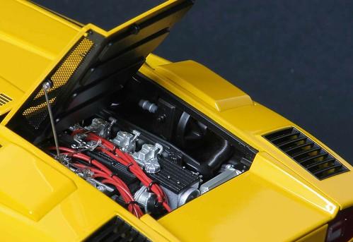 LP400_motore1