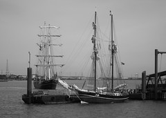 Arriving Woolwich (dhcomet) Tags: london thames river tallship approach woolwich thalassa jantje