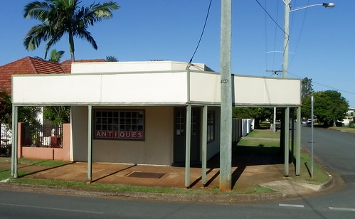shopfront of redcliffe (27)