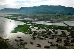 4149 Low tide--Xiapu , Fujian Province , China (ngchongkin) Tags: china boats adventure fujian beautifulearth coolshot flickrbronzeaward xiapu heartawards earthasia wonderfulasia photographyforrecreation photographyforrecreationsilveraward theredgroup theyellowgroup thelooklevel1red thelooklevel2yellow batslair