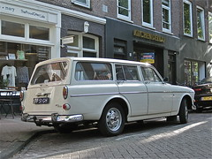 77-51-GH VOLVO Amazon P122 B18 Type 13 Overdrive, 1967 (ClassicsOnTheStreet) Tags: classic 1969 station amsterdam wagon volvo amazon 60s classiccar estate depijp 1967 oldtimer streetphoto spotted 1960s lpg combi kombi b18 streetview stationwagon overdrive gerarddoustraat klassieker type13 gespot stationcar 2013 stationwagen straatfoto carspot p122 janwilsgaard wilsgaard 7751gh