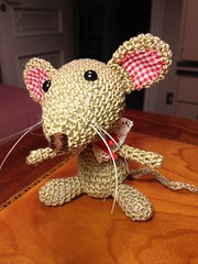 (anna.gallitelli.7) Tags: mouse sweet crochet christmass hook natale bambola bellissimo dolcissimo uncinetto bambolotto amiguumi uploaded:by=flickrmobile flickriosapp:filter=nofilter