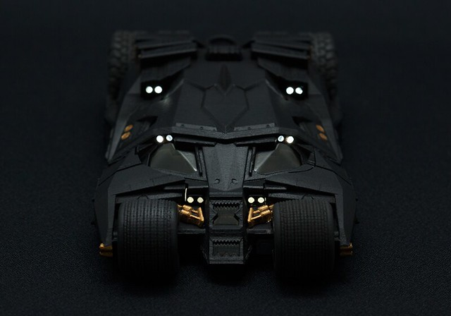高登局長又要換手機殼了~ 蝙蝠俠75週年紀念 限定款式「蝙蝠車」手機殼!!!