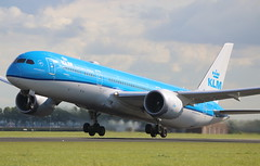 KLM Royal Dutch Airlines Boeing 787-9 Dreamliner (AMSfreak17) Tags: amsfreak17 danny de soet canon 70d ams eham amsterdam luchthaven schiphol airport vliegtuigen vliegtuig aircraft airplane jet jetphotos planespotting luchtvaart vertrek aankomst departure arrival spotter planes world of airplanes nederland the netherlands holland europe dutch take off runway 36l 18r polderbaan klm royal airlines boeing 7879 dreamliner phbhc