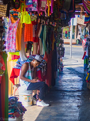 Chilling in the market. (kensparksphoto) Tags: zihuatanejo zihua mercado market