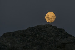 Moon to earth - what's going on? (Ian@NZFlickr) Tags: moon rise sutton salt lake middlemarch otago nz