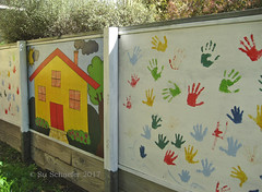 Colourful 'hand painted' childcare art (Su_G) Tags: sug 2017 colourful redandgreen colorful colourfulchildcareart mittagongnsw childcareart mittagong australia crecheart handprints house home picture hands handpainted colourscheme multicoloured