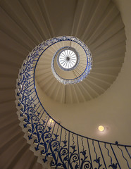 The Tulip Staircase (sarah_presh) Tags: tulip staircase tulipstaircase queenshouse greenwich london england spiral pattern flower blue light nikond750