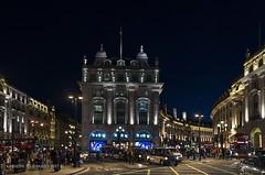 London in the night (Peppis) Tags: london londra piccadilly night nightimage nightlights nightshot nikon notturno notte fotonotturne fotosnocturnes peppis nikond7000