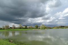 Souvenir du tour des étangs, montre en main............. (mchub) Tags: étangs hx400v mayenne eau ciel