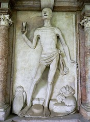 Petersfriedhof (Francesco Pesciarelli) Tags: flickr pesha petersfriedhof salzburg austria osterreich death equal popes kings poors marble cemetery tomb art medieval abbey sculpture time hourglass sandglass scythe