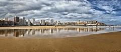 Playa de San Lorenzo Gijon (Luis DLF) Tags: gijon gíjon xixon playa beach sun cloud sky reflection reflejo arena sand blue cieloazul edificios buildings asturias españa san lorenzo