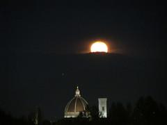 La luna rosa #3 (trovado73) Tags: campanile cupola duomo firenze night sky moon soe simplysuperb