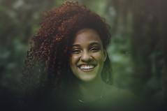 Sorria (Eduarda Santos Fotografia) Tags: sorriso happy amor art afeto flower ar verde green photography photo portrait pernambuco paixão perfeita paisagem profissional pureza planta powerful puro pregnant model modelo mulher nikon livre city cidade girls dia vida linda luz love luzes click cloud olhos color feliz felicidade colors sol beleza urbano urbana sunset summer ruiva cute vibe forever recife retrato friends