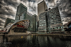13/30 The Big Easy (Alex Chilli) Tags: canarywharf london docklands bigeasy water reflection sky clouds canon 70d uk eos england offices buildings
