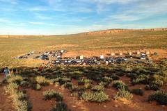 Horseshoe Bend (6 of 6): parking lot near sundown... 20170405_9400 (listorama) Tags: usa arizona horseshoebend people