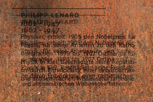 "Kieler Nobelpreisträger (24) • <a style=""font-size:0.8em;"" href=""http://www.flickr.com/photos/69570948@N04/34280663301/"" target=""_blank"">View on Flickr</a>"