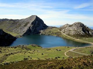 Lago Enol, Picos de Europa, Asturias, España.