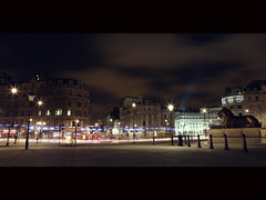 Night ([~Bryan~]) Tags: street uk england building london architecture night traffic unitedkingdom trafalgar trafalgarsquare bigben nationalgallery cinematic historicalarchitecture
